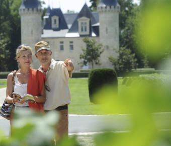 Vue sur le Château d'Agassac - Gironde Tourisme/JB Nadeau
