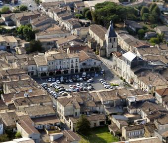 Vue aérienne de la bastide de Créon - Gironde Tourisme/ Danièle Schneider