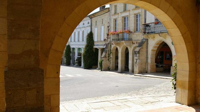 Routes du Vin - Entre deux Mers © Gironde Tourisme - h. Sion