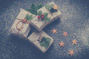 Cadeaux et chocolat chaud