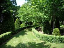 Allées du Chateau du Pierrail