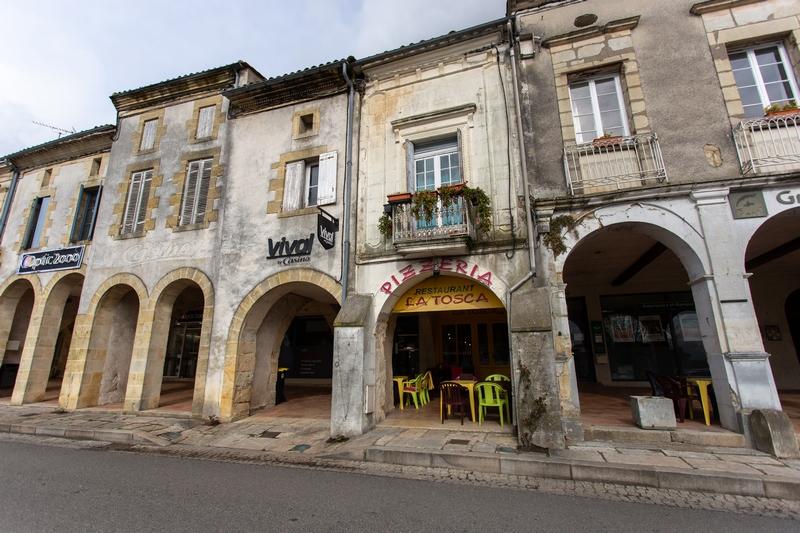 Bastide de Sauveterre6