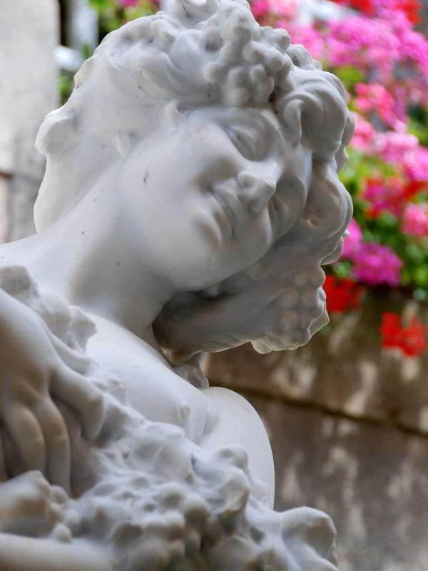Bazas – statue Belle Vendange