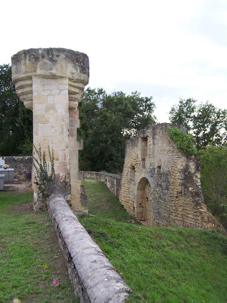 Bellefond_33_Église_Les-ruines-du-prieuré
