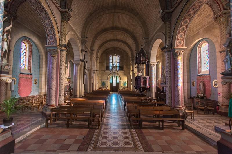 Boucle_des_Moulilns_église_Civrac_Itinéraires_800x600