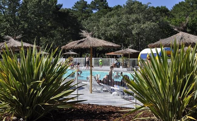 Camping Les Goélands piscine – Arès _ Bassin d'Arcachon ©Les goélands