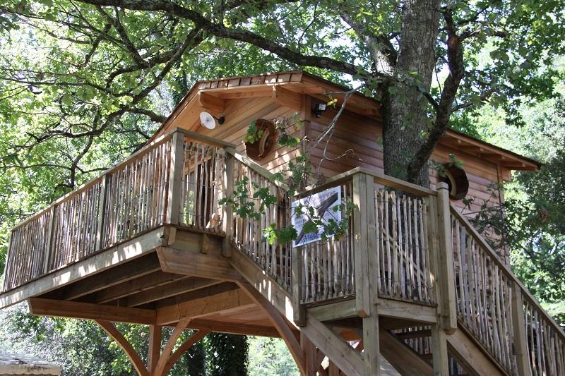 Camping-Lodging du lac- Lacanau-cabane dans les arbres