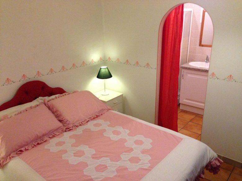 Chambre-1-lit-double-2-2