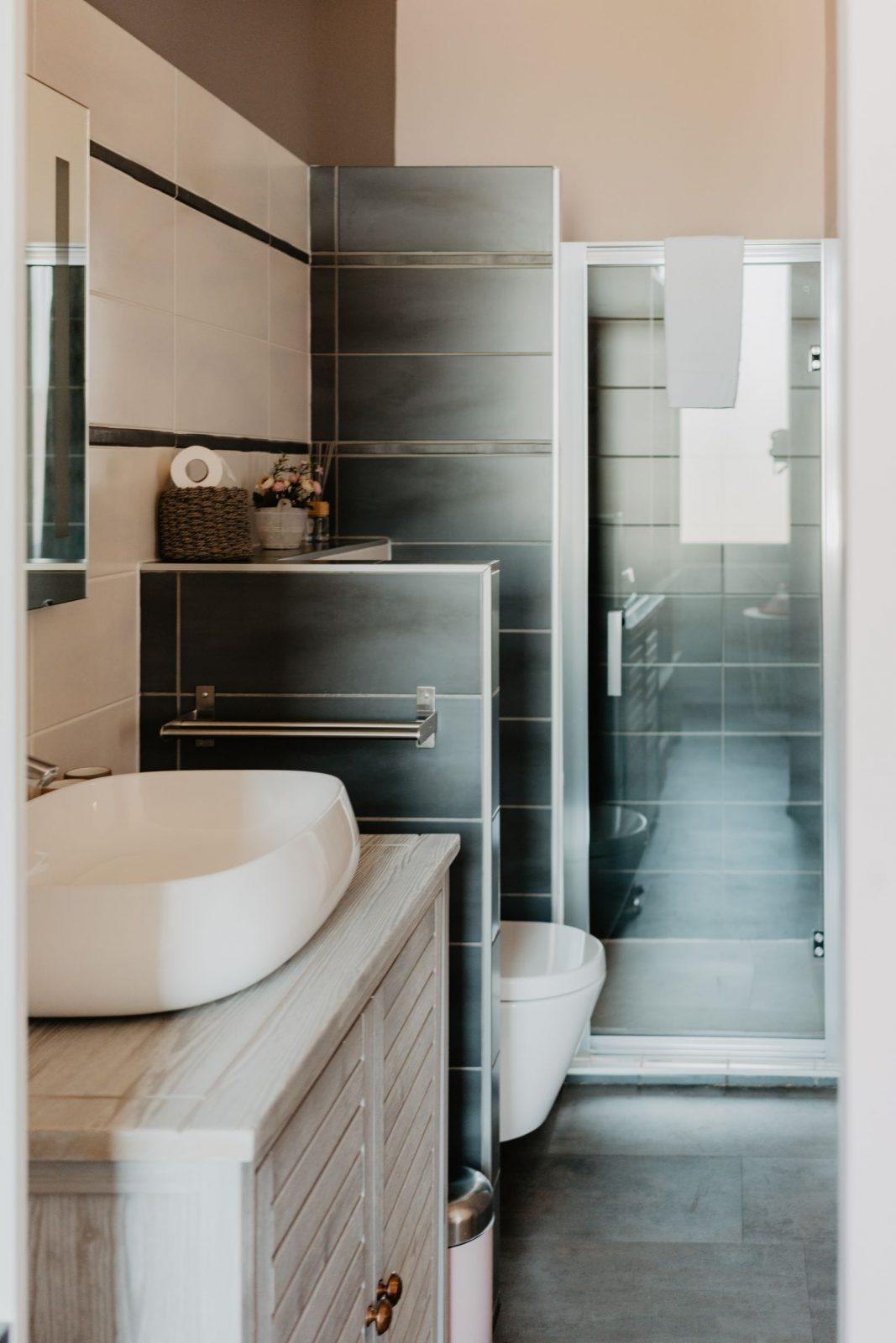 Chambre Douceur Médoquine, Salle de bain – Le Coeur des Vignes Pauillac