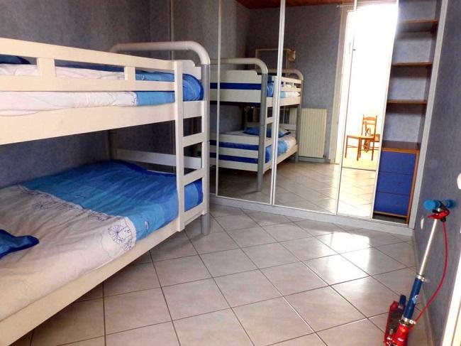 Chambre-enfants—location-vacances-Ares–M-Gueret–