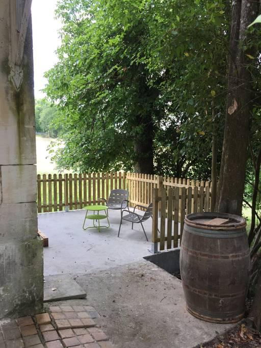 Chateau-La-Fontaine—Rive-Droite–