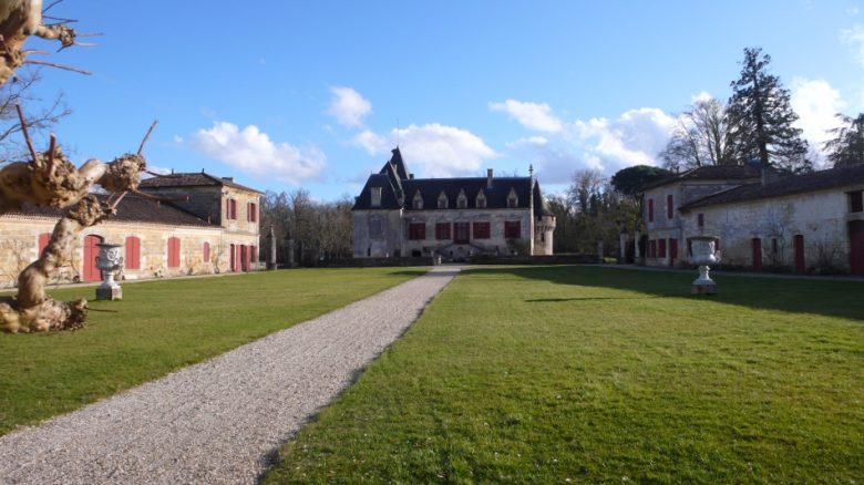 Château Olivier extérieur