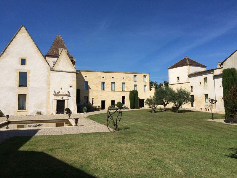 Chateau Petit Puch 1