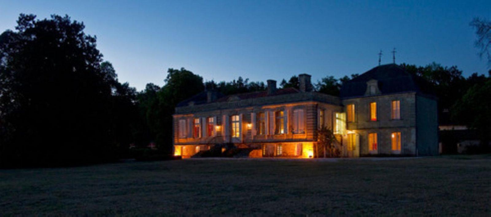 Château Picque Caillou de nuit