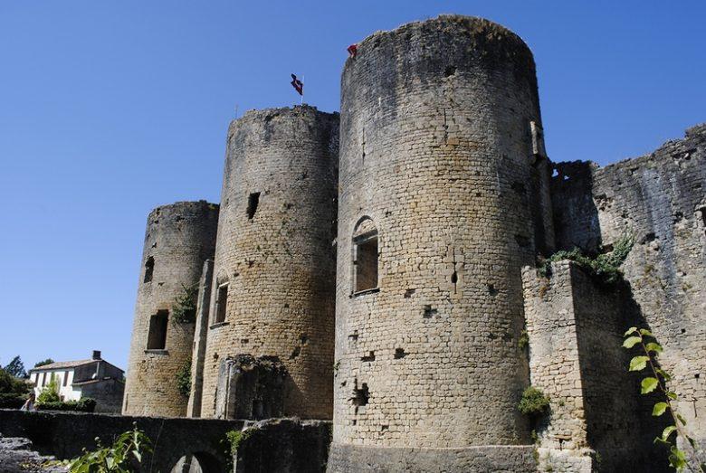 Château de Villandraut – VILLANDRAUT – Sud-Gironde