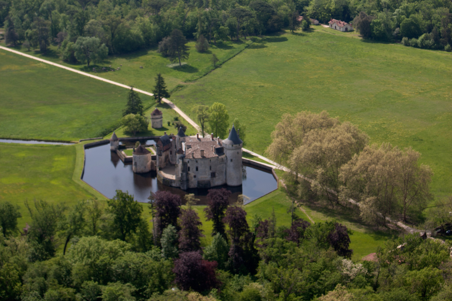 Chateau_de_la_Brede