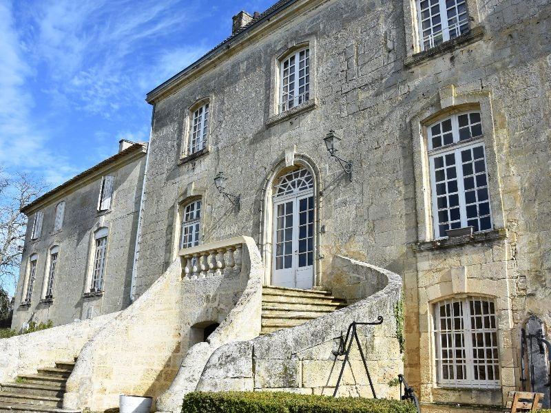 Château des Arras-StGervais-vin-800×600