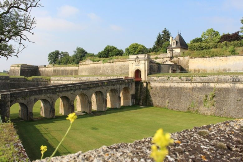 Citadelle–Blaye-Unesco-porte-royale-800×600