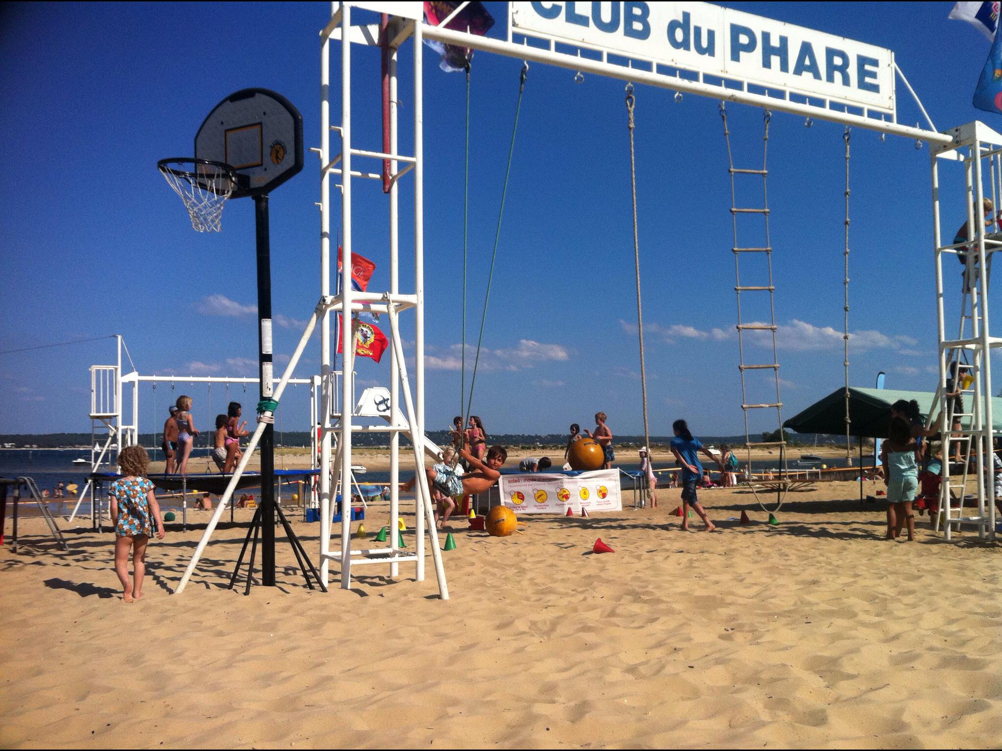 Club_du_Phare