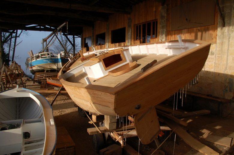 Construction-de-bateaux-en-bois-aux-Chantiers-Tramasset-3