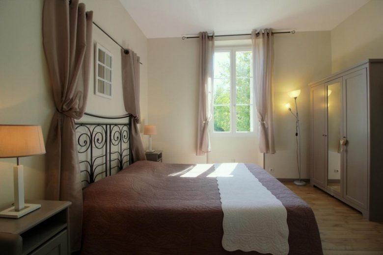 Domaine-de-la-Gravette-Chambre-d-Hotes-Cubnezais-Chambre-muscadelle-800×600