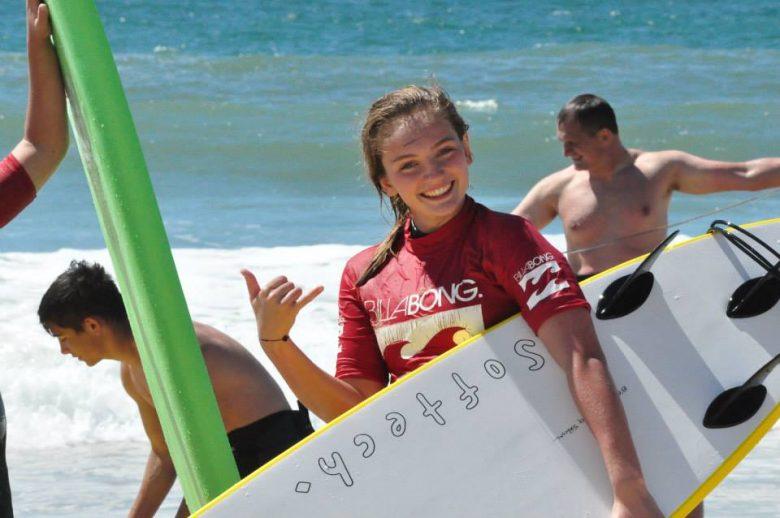 Ecole surf- Boco – Lacanau – surfeuse