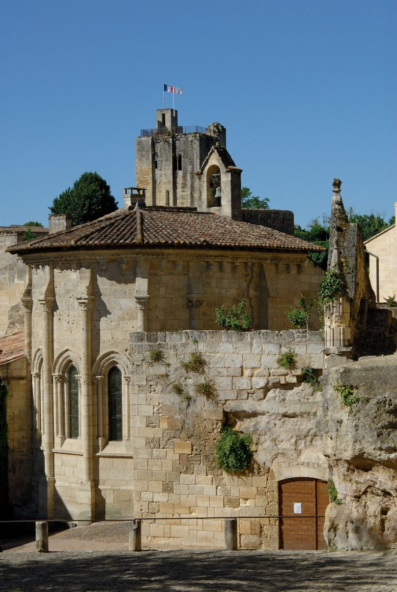 Eglise Monolithe et tour du Roi