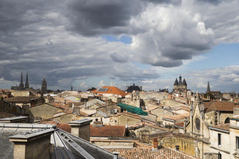 Bordeaux vue des toits