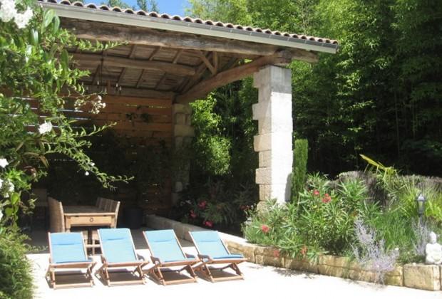 Grand Gîte de Fenouil_Loc saisonnière_Civrac de Blaye_pool house_800x600