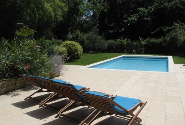 Grand Gîte de Fenouil_Loc saisonnière_Civrac de Blaye_piscine_800x600