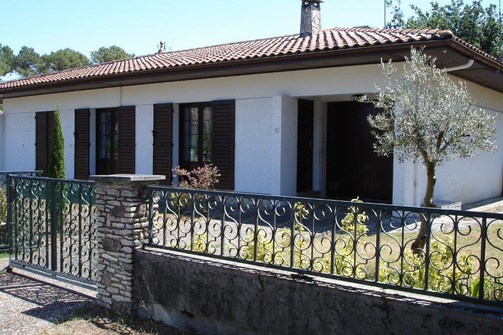 GRIZEAU -Façade Villa côté rue (2)