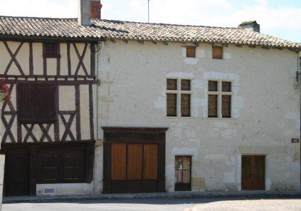 Office de Tourisme de Castillon-Pujols – BIT de Gensac