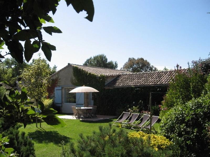 Grand Gîte de Fenouil_loc saisonnière_Civrac de Blaye_jardin privatif_800x600