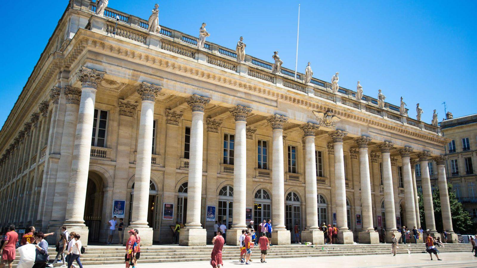 Grand-Théâtre, exterieur diurne