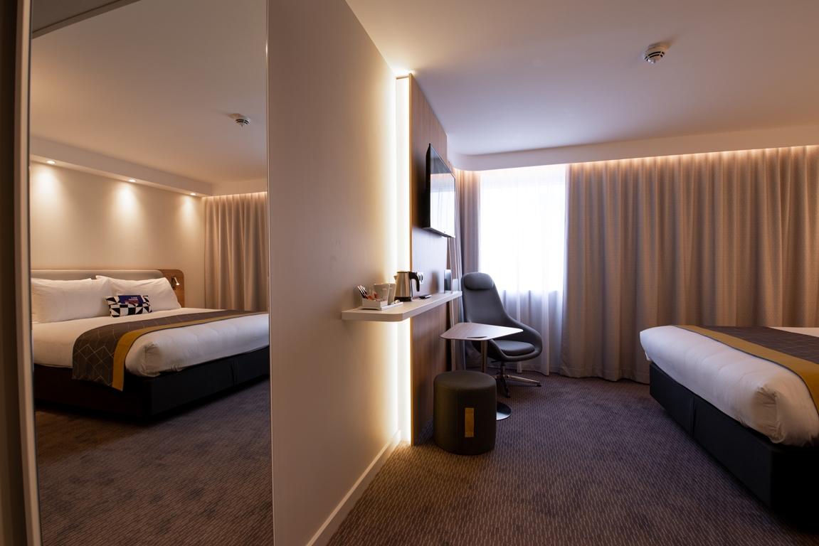 Hôtel Holiday Inn Express 5