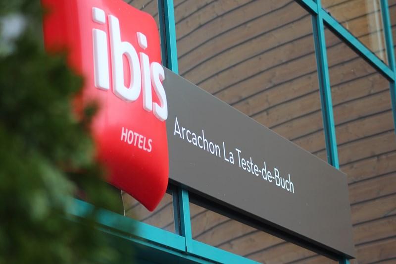 Hôtel Ibis (enseigne)