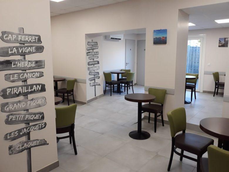 Hotel-de-France—-salle-petit-dej