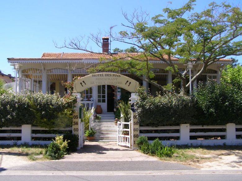Hôtel_des_Pins (1)