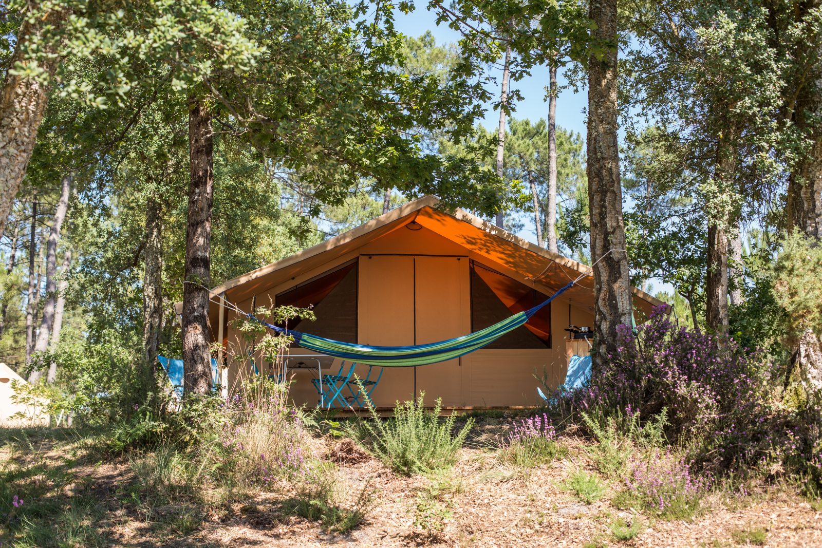 Camping Huttopia – Lac de Carcans
