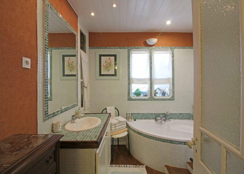 Chambre hôte Dumas Salle de bain Arès