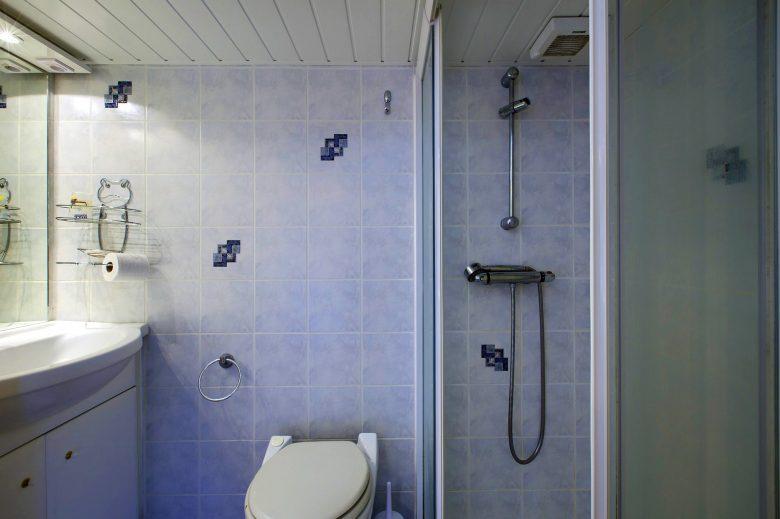 Chambre hôtes Biensan Salle d'eau Arès
