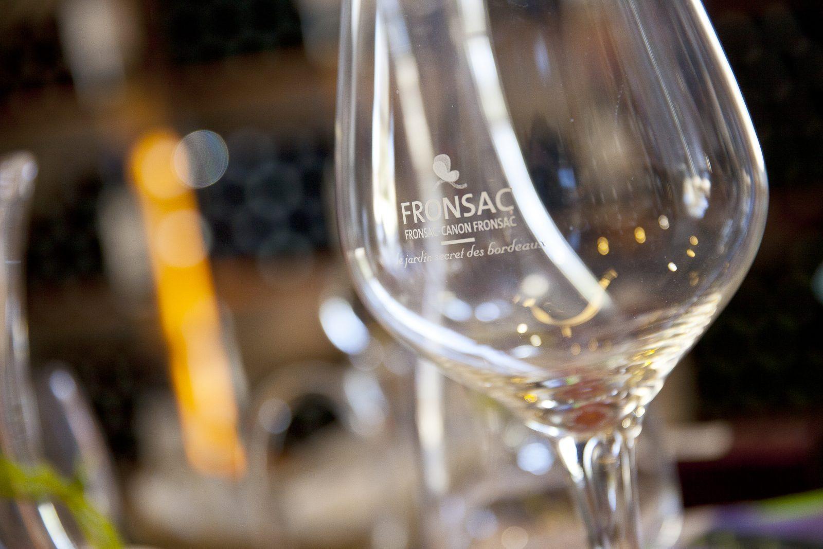 maison des vins fronsac – verre AOC Fronsac
