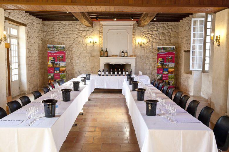 maisonde s vins fronsac- salle de dégustation