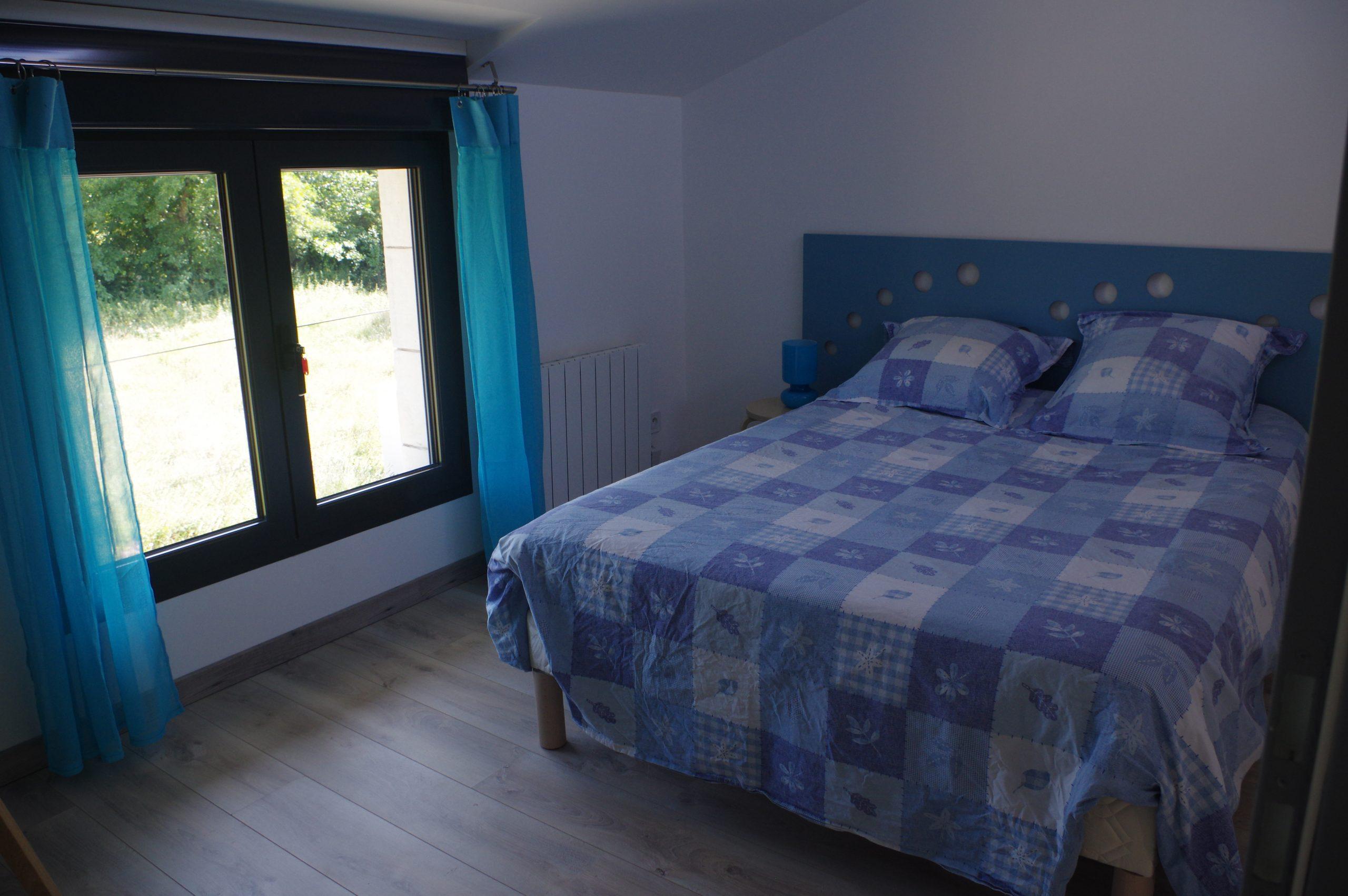 Chambre grand lit le pin Anglade