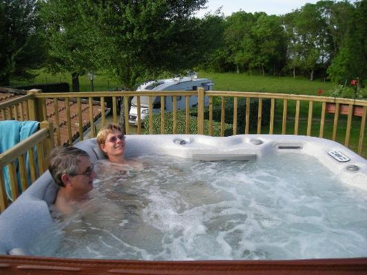 Jacuzzi camping