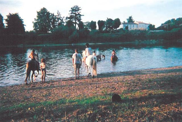Juillac – Camping La Rivière de Prats