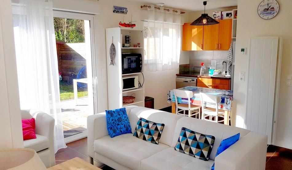 LMDV-03-Location-Maison-De-Vacances-Piscine-Naturellement-Bassin-Meuble-Tourisme-3-Etoiles