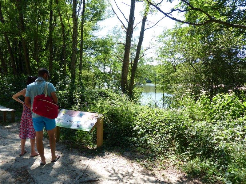 Lac-de-St-Christoly-de-blaye-panneaux-800×600