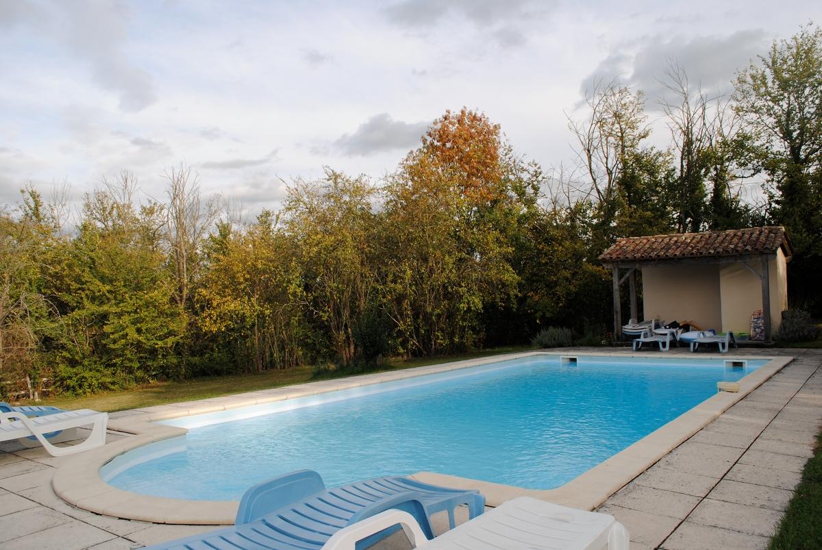 Les Maillets piscine 2