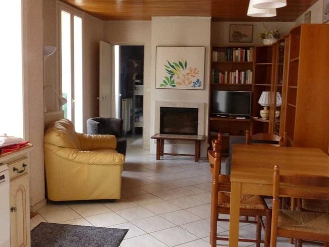 Location-vacances-salon—Ares–M-Gueret-